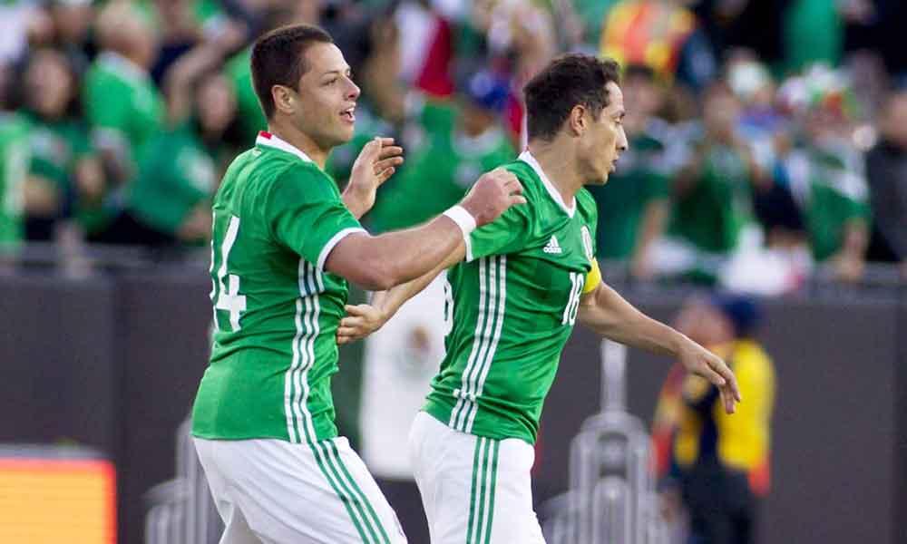 Chicharito supera a Jared Borgetti como máximo goleador de la Selección Mexicana