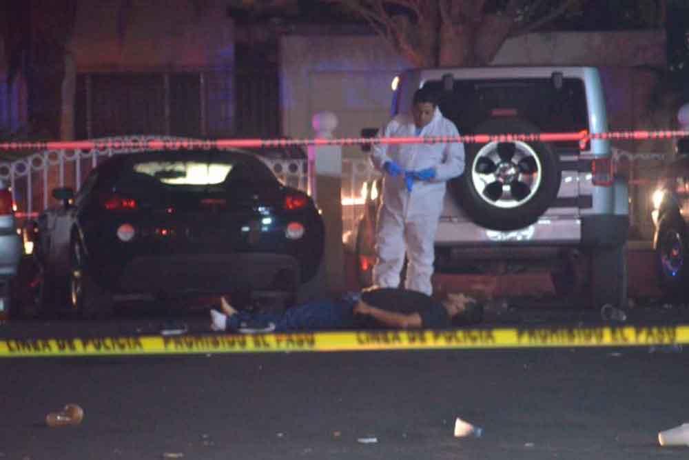 Balacera en restaurante de Mexicali deja tres muertos