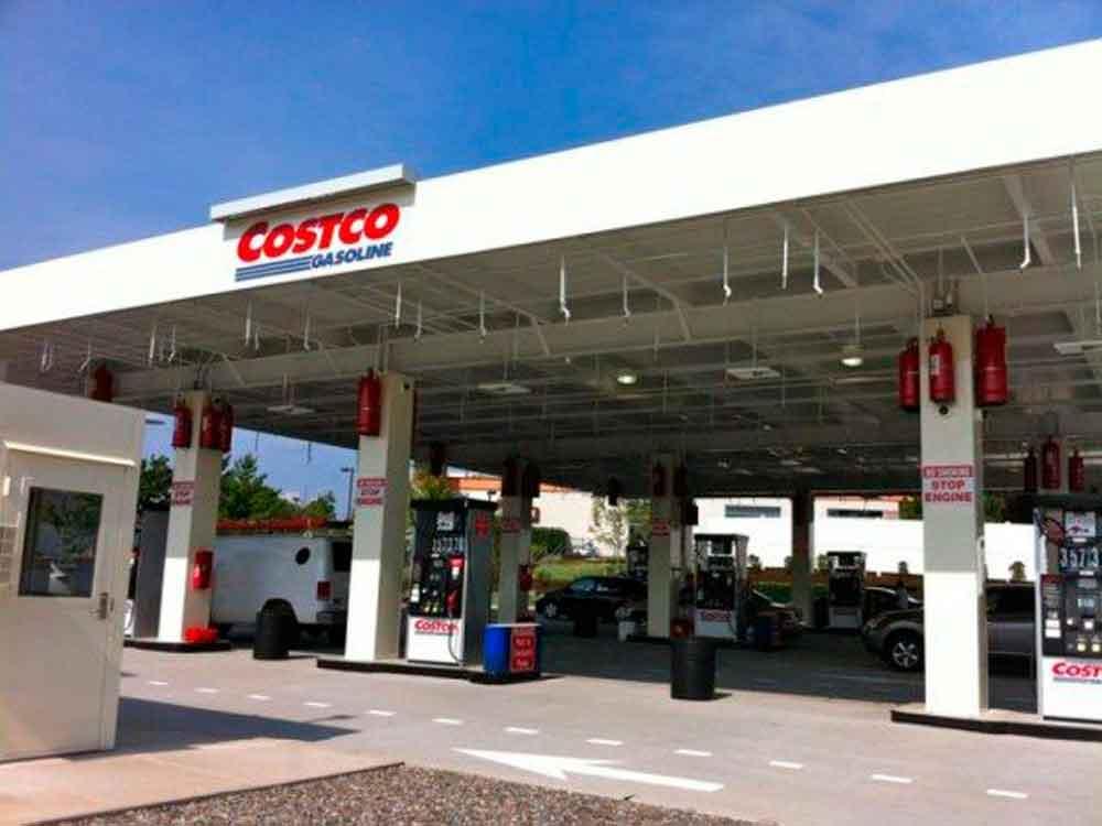 Costco abre su primer gasolinera en México