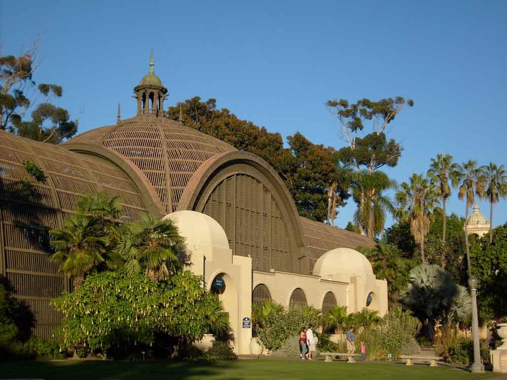 """Descubren """"superbacteria"""" resistente a los medicamentos en parques de San Diego"""