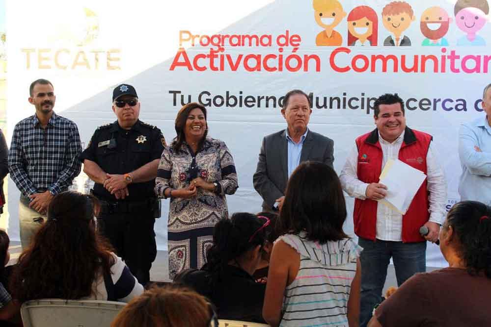 Anuncian pavimentación de otra calle en la colonia Loma Alta