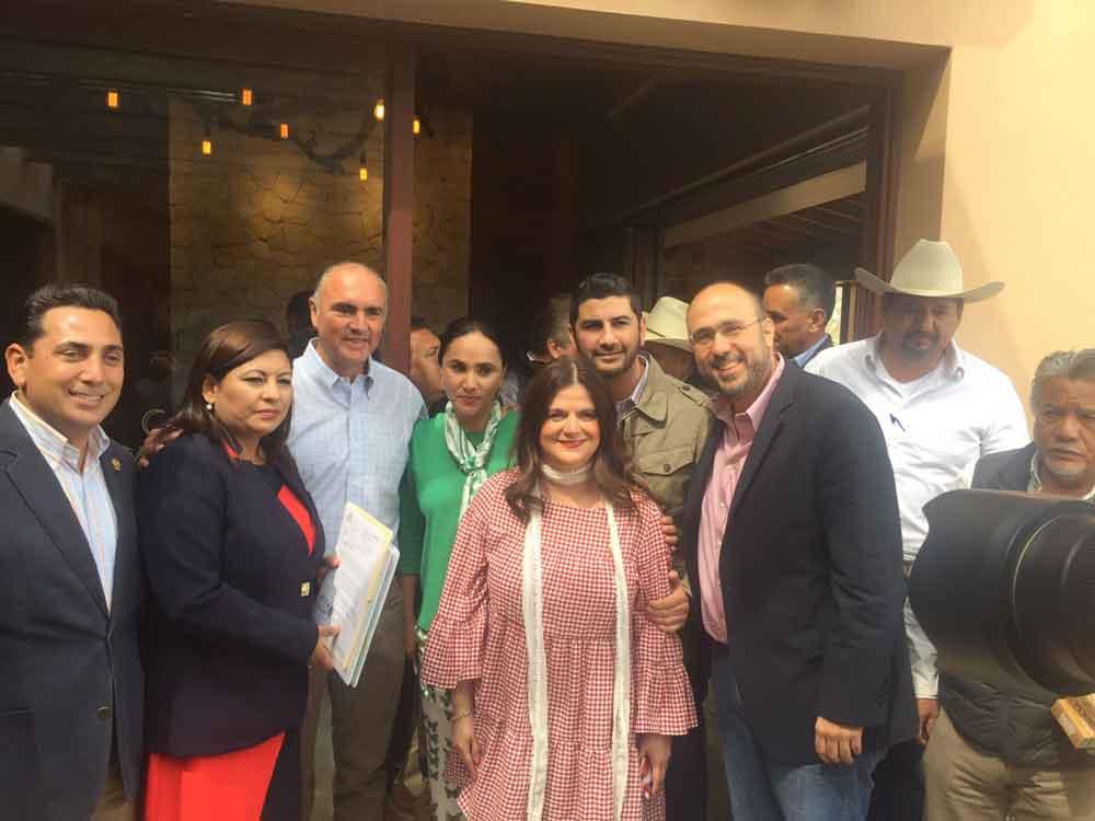 Atiende Gobierno municipal el problema de la sequía en Tecate