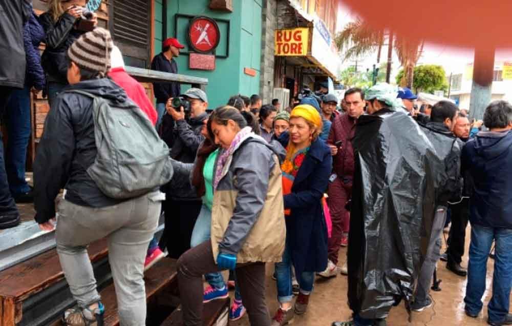 Llegan 76 migrantes centroamericanos a Tijuana, buscan asilo en EU