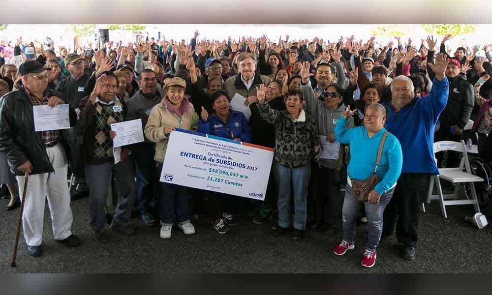 Anuncia Gobernador de Bc subsidios de agua en beneficio de más de 21 mil ciudadanos