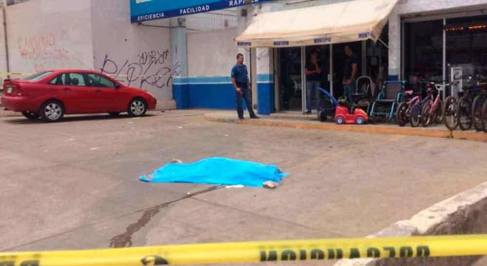 Joven asesina a navajazos a adolescente embarazada en Mazatlán
