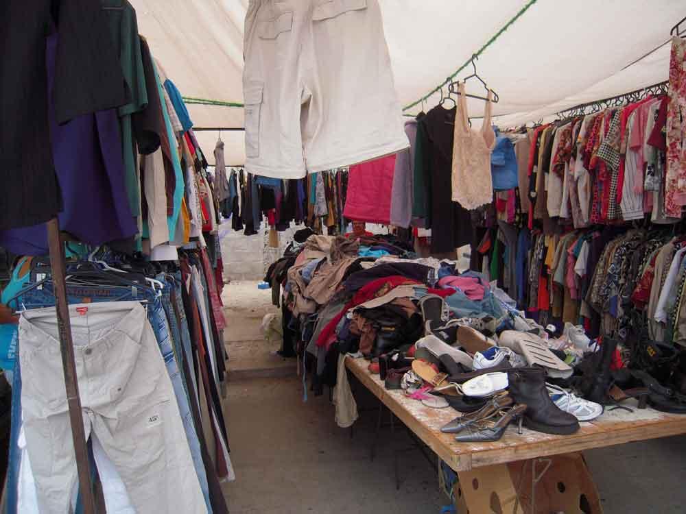 Comprar ropa usada, un riesgo para la salud: IMSS