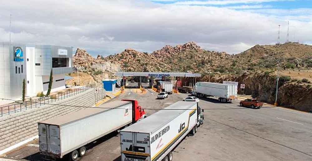 Registra autopista de la Rumorosa cifra récord en afluencia vehicular