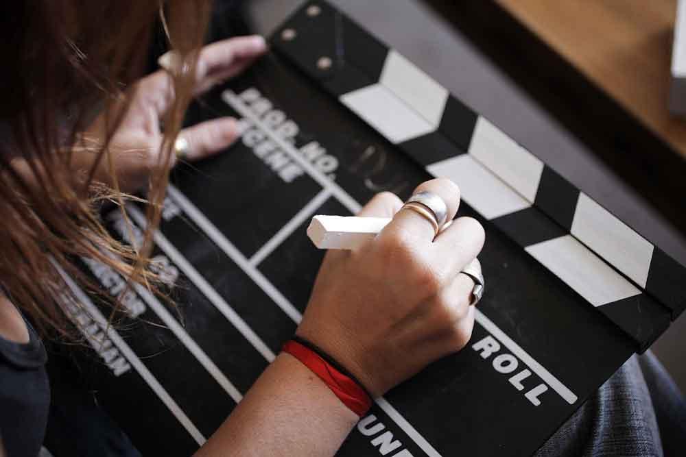 Convocan a jóvenes a participar en concurso de cortometraje