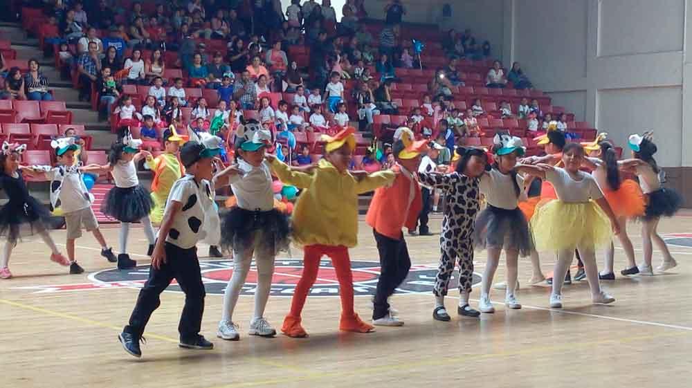 Realizan en Tecate demostración de rondas infantiles