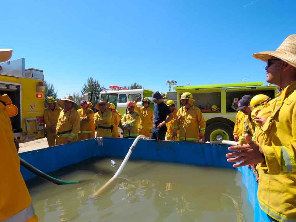 Bomberos de Tecate participan en curso de capacitación para combatir incendios forestales