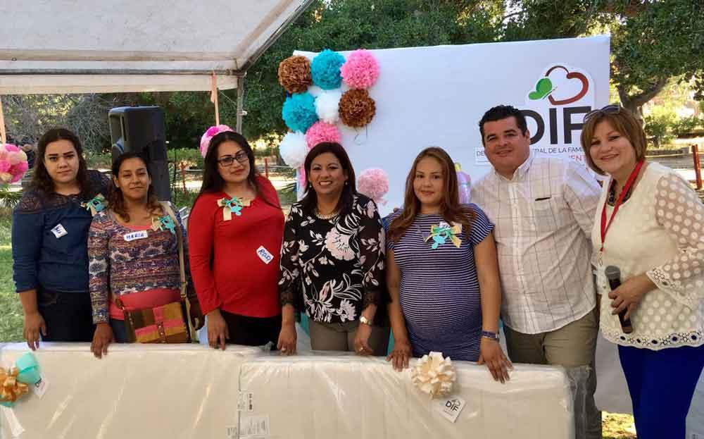 "Celebró DIF Tecate a mujeres embarazadas ""Corazón en espera"""