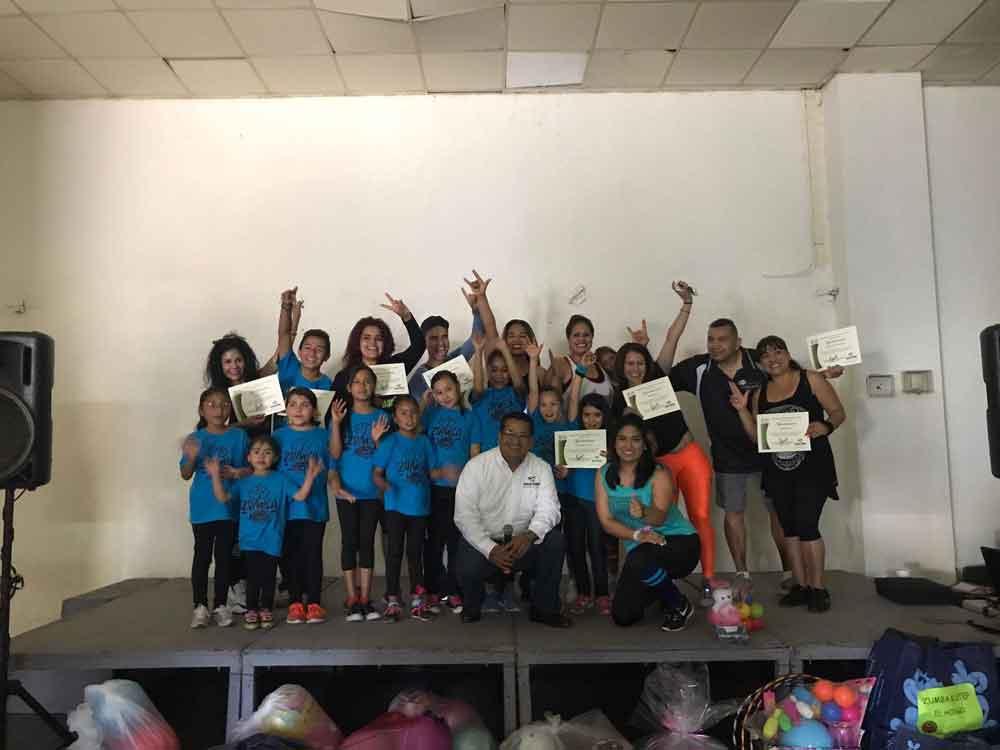 Realizan Baile con Causa a beneficio de los niños y jóvenes discapacitados de Tecate