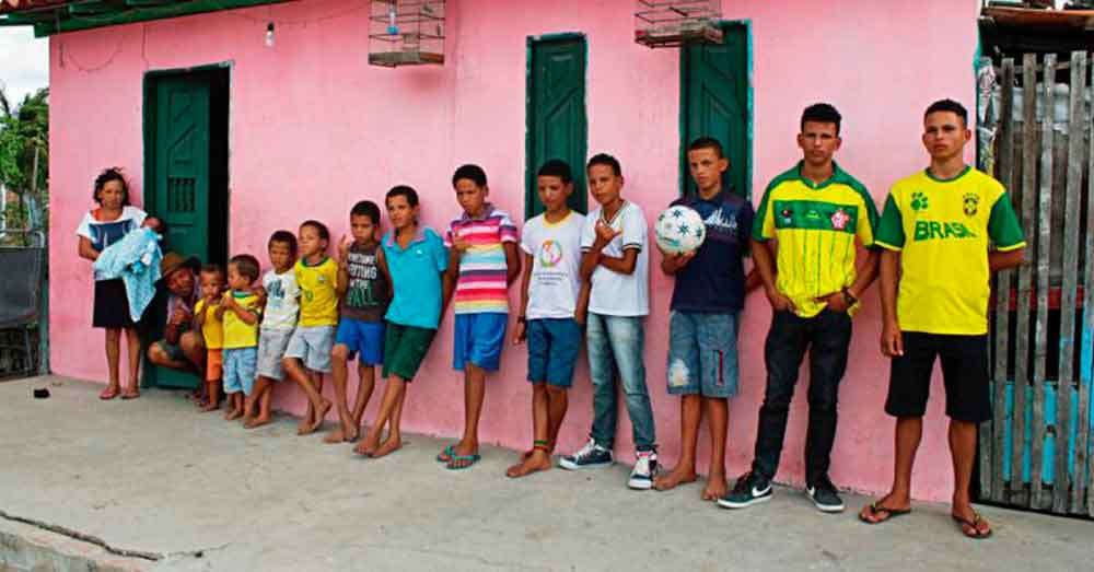 """Pareja con 13 hijos: """"no se detendremos hasta concebir a una niña"""""""