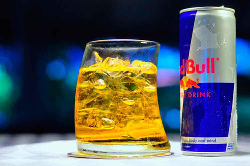 Muere joven al tomar bebida energética