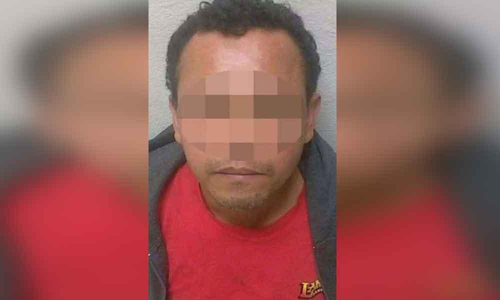 Lo capturan abusando de una menor de edad en Tijuana