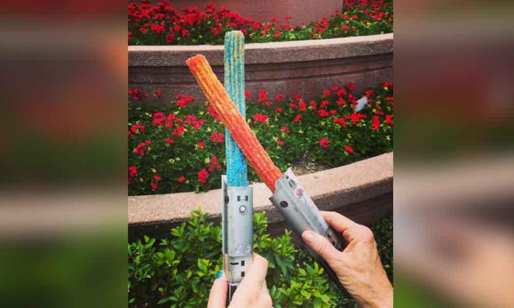 Disney lanza churros-sable de Star Wars