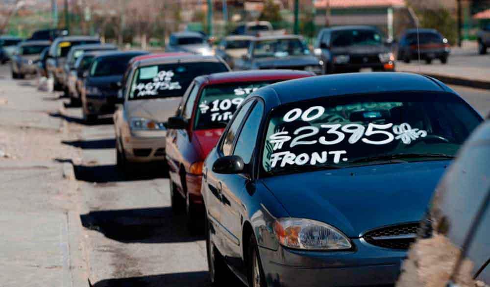 Publican nuevas reglas para importación de autos usados