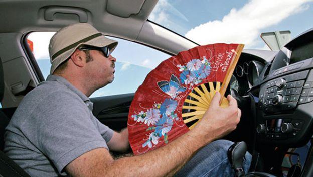 Cómo saber si necesitas recargar el aire acondicionado de tu coche