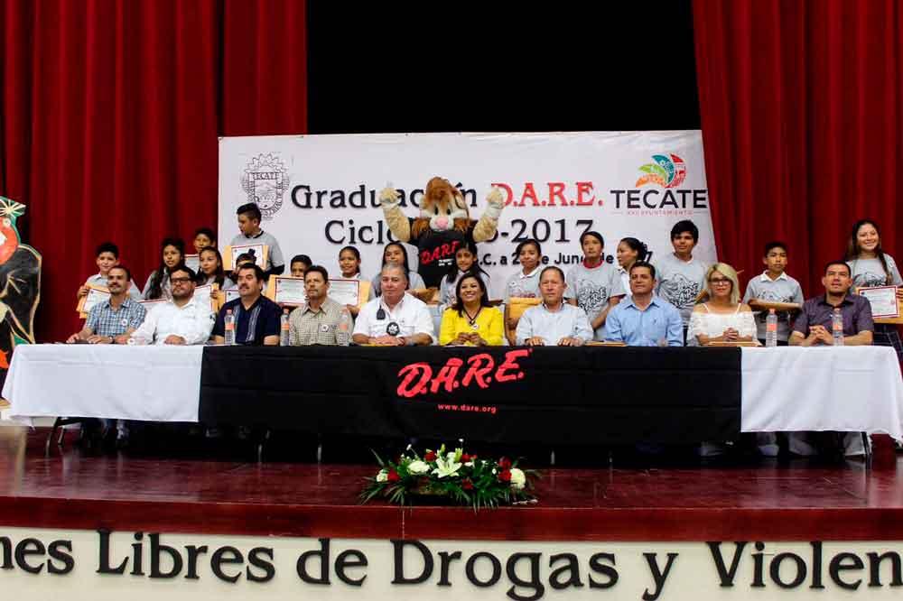 Ayuntamiento de Tecate comprometido con el sano desarrollo de la niñez   a través del programa DARE