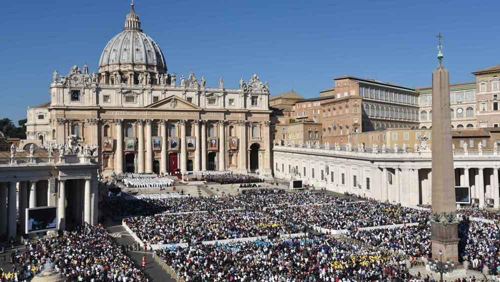 Descubren orgía gay en pleno Vaticano