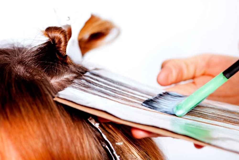 Pintarte el pelo aumenta el riesgo de cáncer de mama