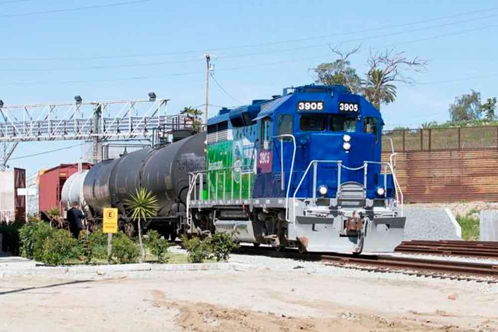 """""""Línea del desierto"""" detonará la exportación de mercancía de Baja California a EUA"""