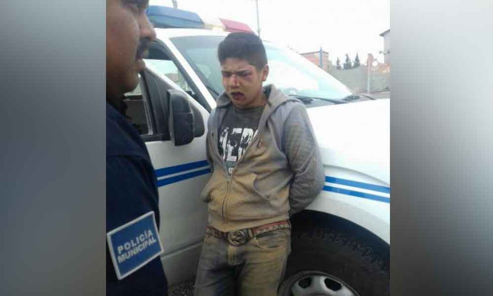 Dan brutal golpiza a adolescente de 16 años por robar un celular en Tijuana