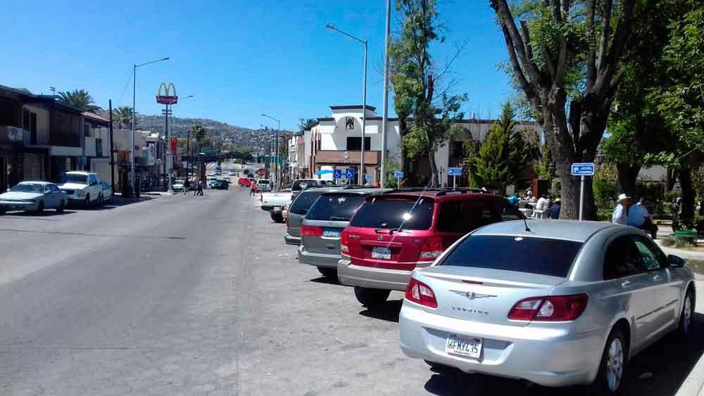 Prohíben a empleados del ayuntamiento estacionarse en el primer cuadro de la ciudad