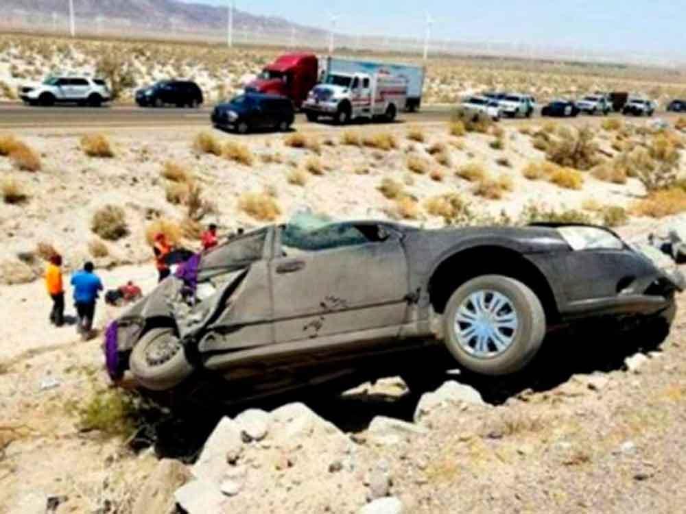 Dos menores pierden la vida tras fatal volcadura