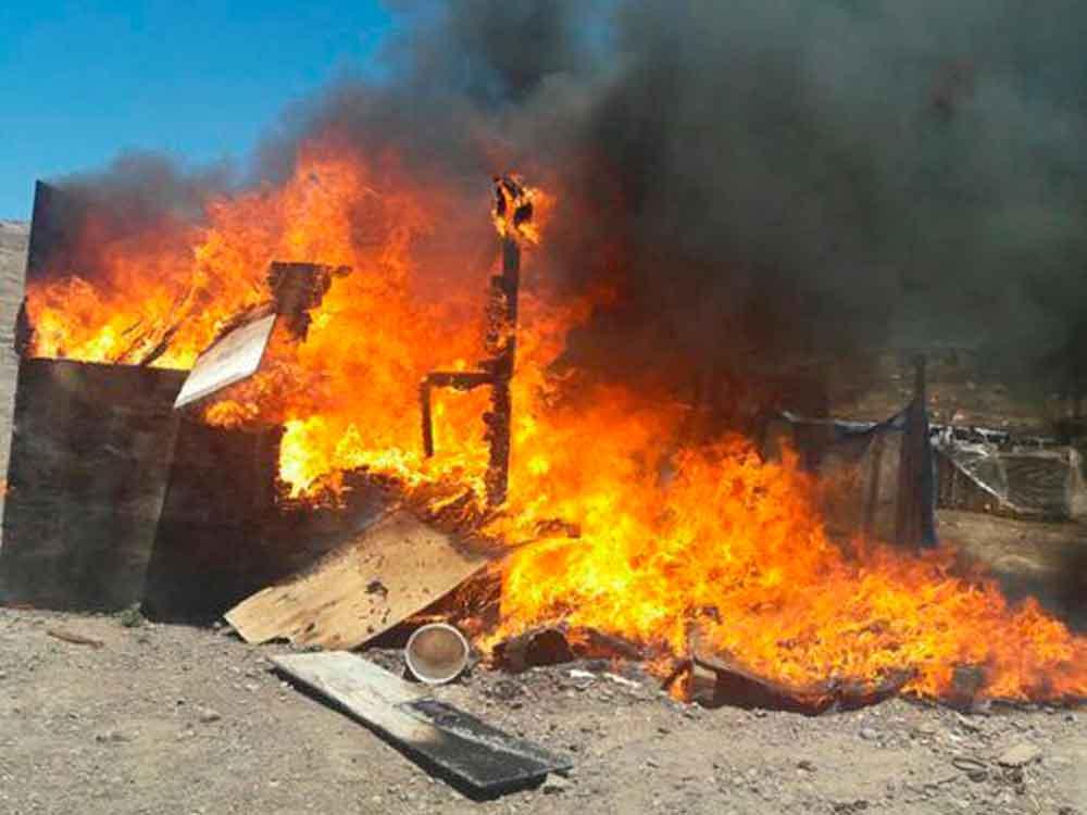 Dos hombres pierden la vida tras incendiarse una vivienda en Tijuana