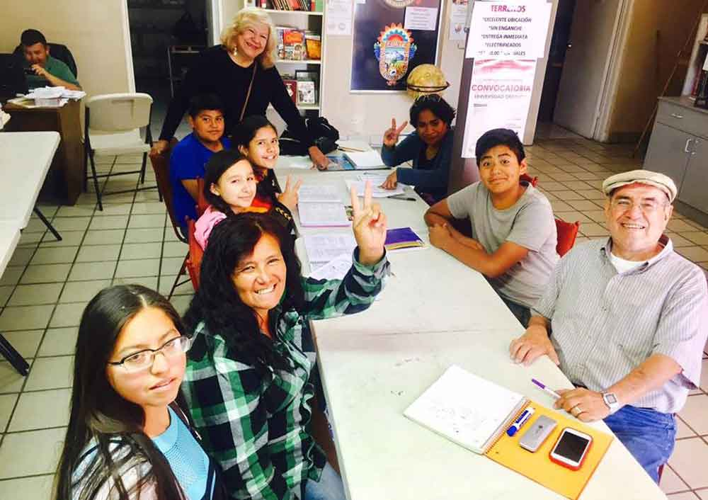 Invita Lic. Marina Calderón a inscribirse a cursos de inglés gratuitos