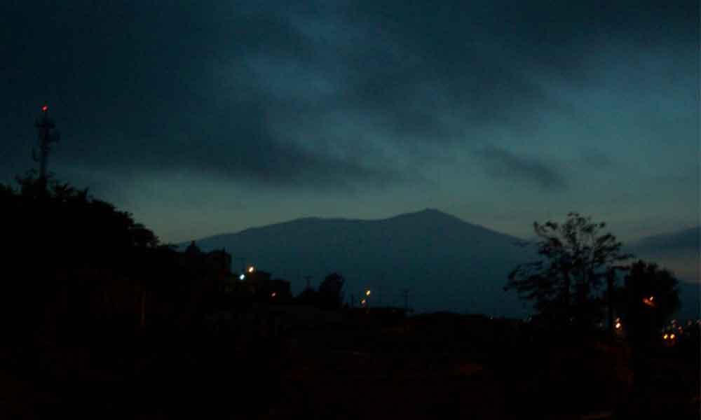 Lluvia en Tecate deja un ambiente fresco y olor a tierra mojada