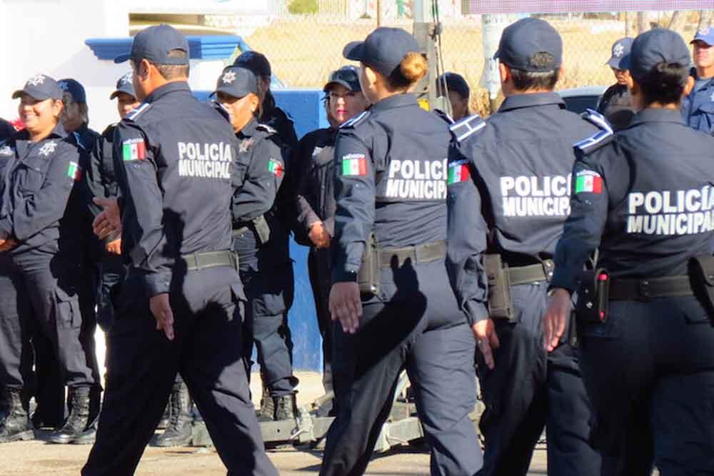 Policías de Baja California los mejores pagados de México