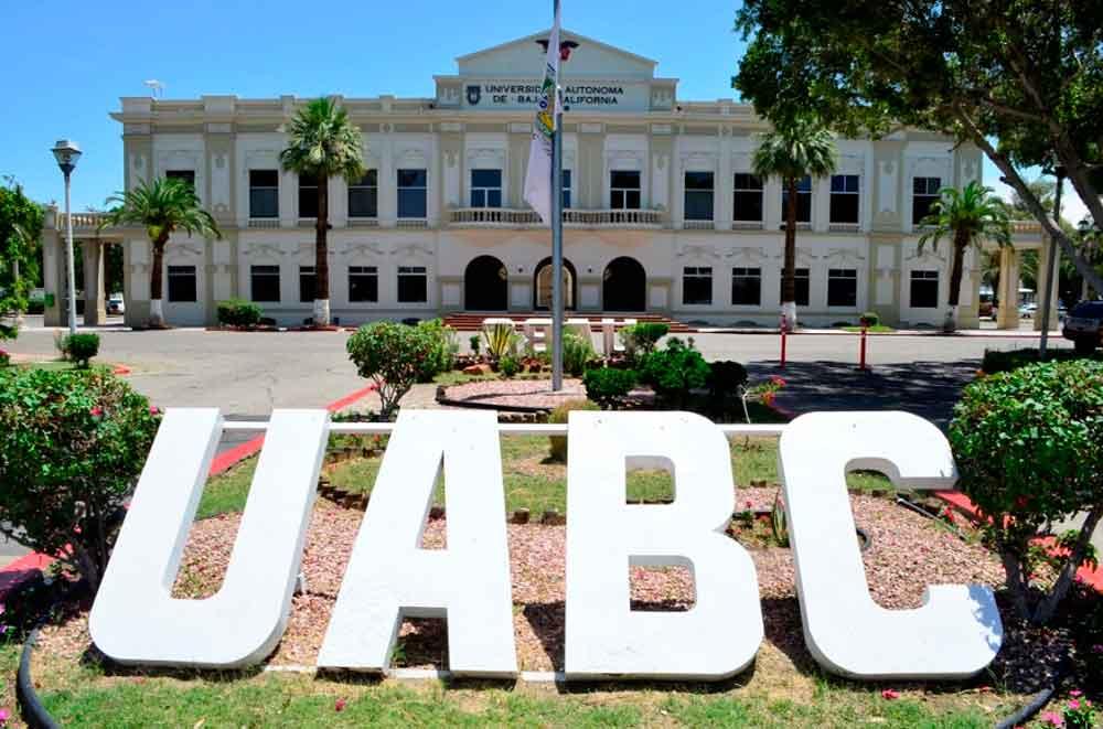 Cae página de UABC; Piden paciencia a aspirantes