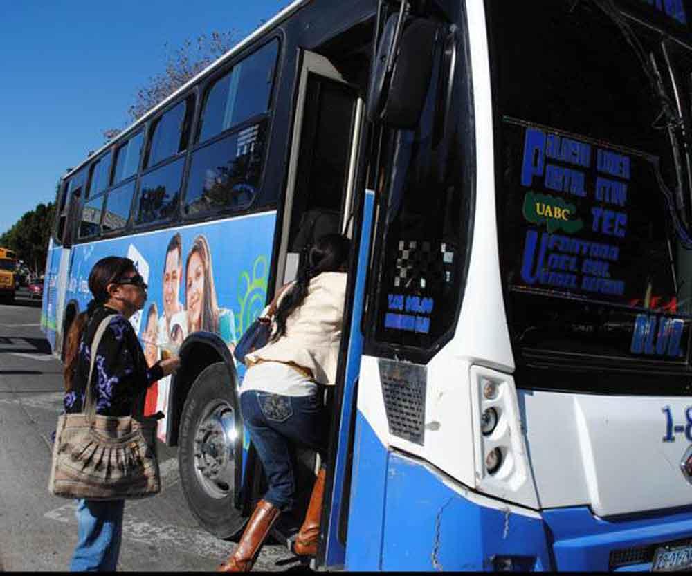 Tijuanenses rechazan aumento de tarifa del transporte público
