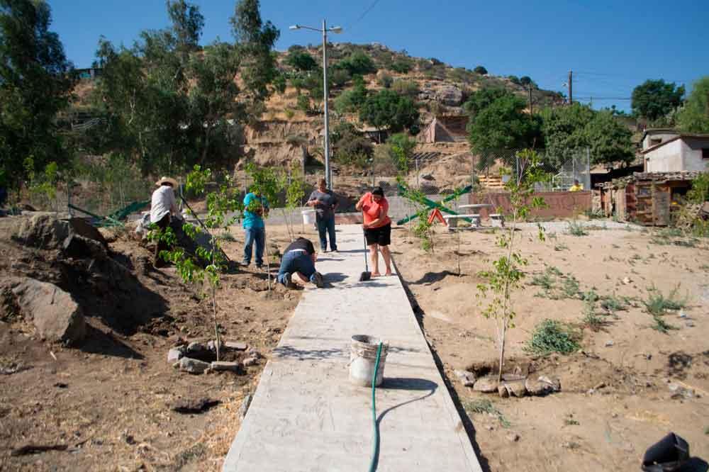 Gobierno Municipal rehabilitan parque comunitario en la Coyotera