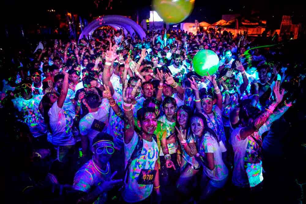 Este sábado no puedes faltar a la carrera nocturna Neon Run 5k en Tijuana