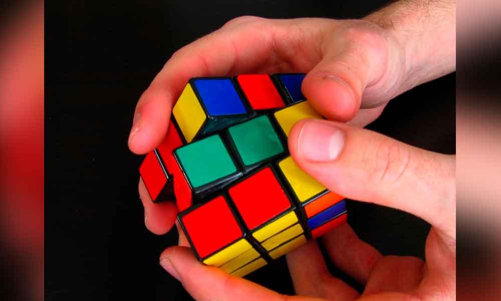 Convocan a jóvenes de BC a participar en torneo del Cubo Rubik