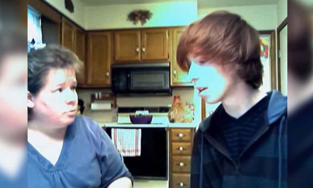 Confesó a su madre que era gay y no esperaba su reacción