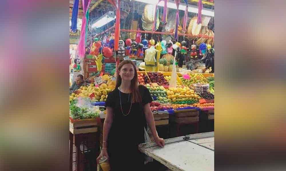 """Actriz de """"Harry Potter"""" se pasea en mercado de Coyoacán"""