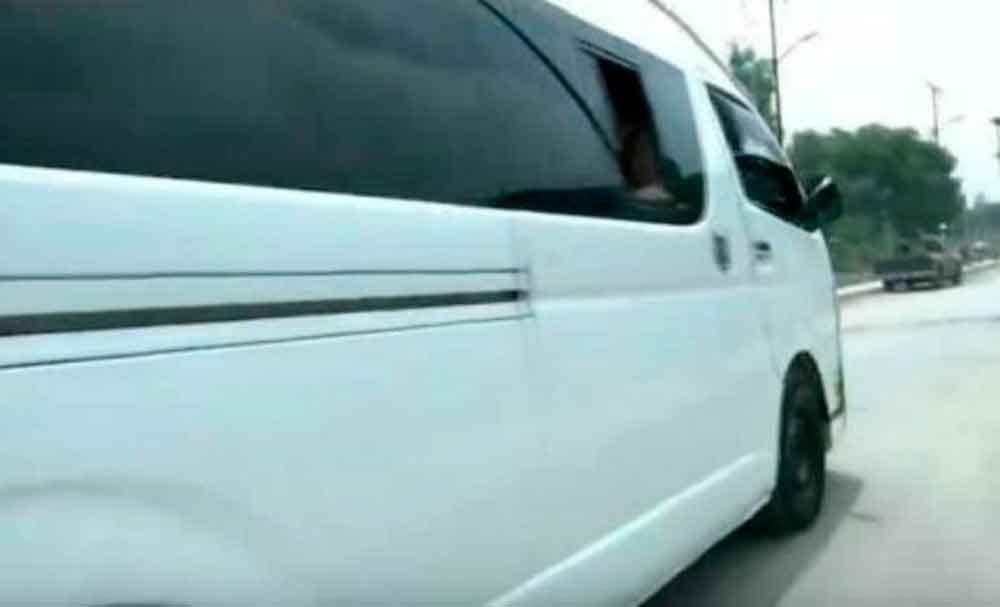 Localizan cadáver de una niña de cinco años dentro de un auto