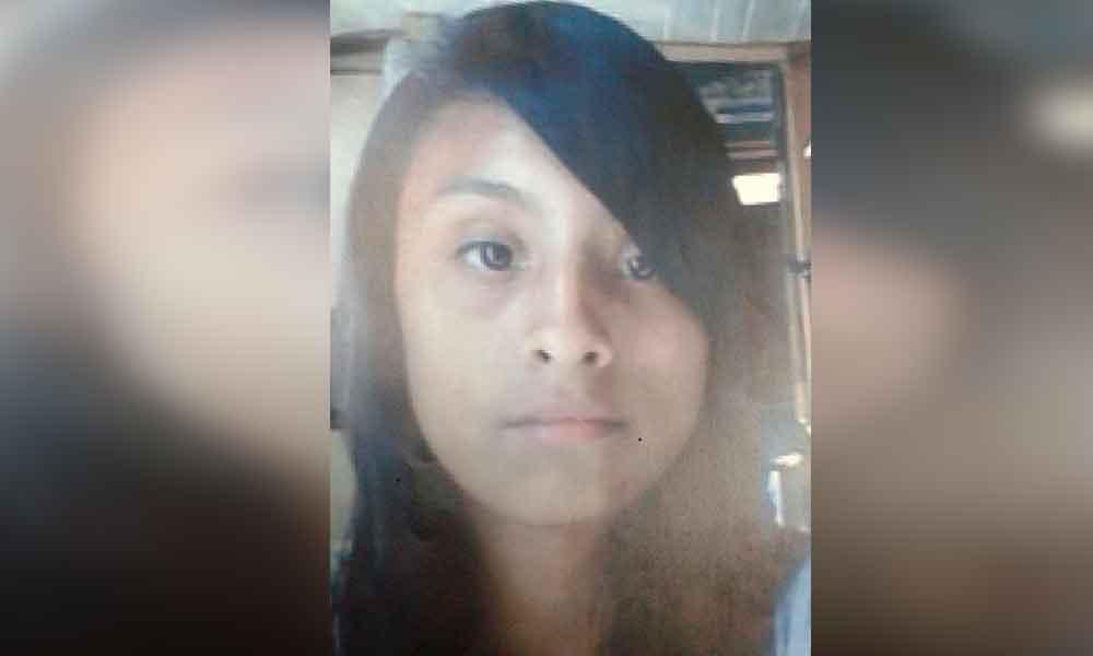 Melani de 14 años salió rumbo a la escuela y ya no regresó