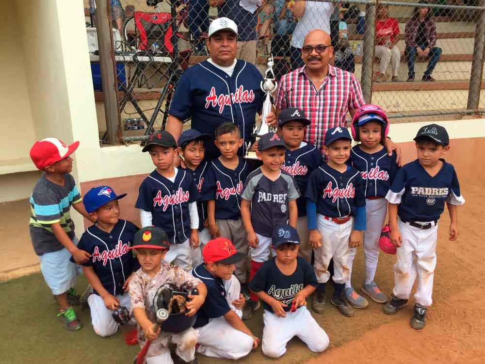 Equipo infantil de béisbol de Tecate gana torneo estatal
