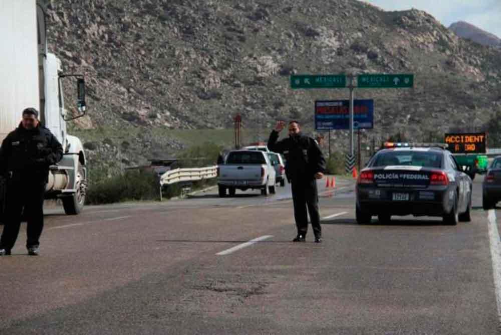 Inician operativo vacacional en carreteras de Baja California