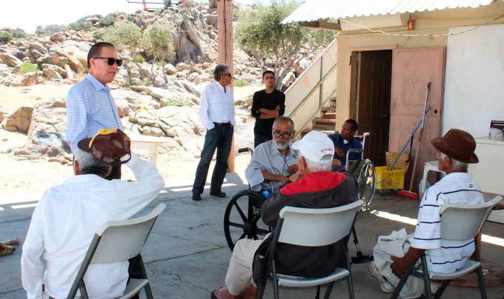 Permanente apoyo de DIF Tecate a asilo de ancianos