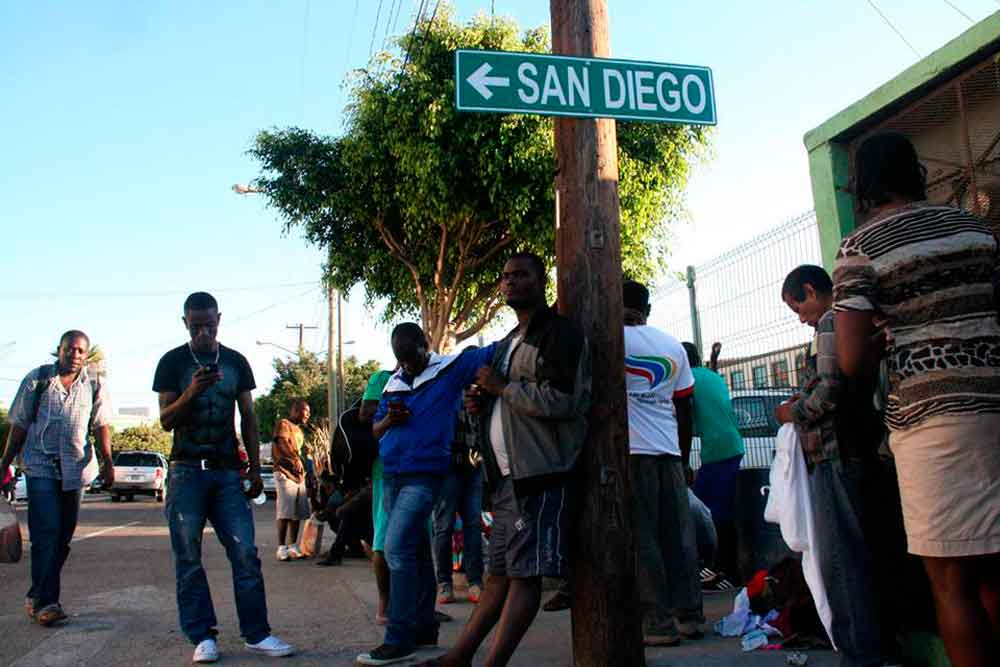 "Haitianos fundan ""Pequeña Haití"" en suburbios de Tijuana"