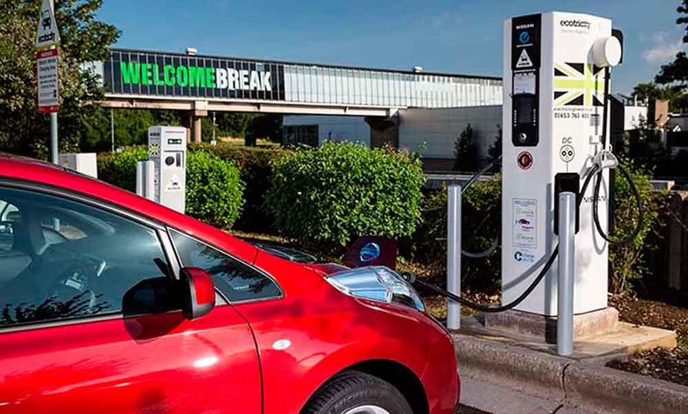 Reino Unido prohibirá vehículos de gasolina