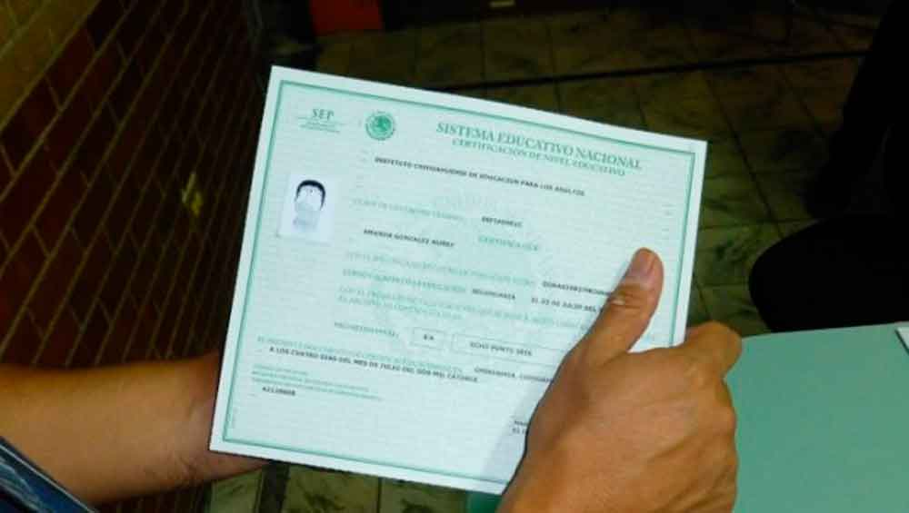 A la cárcel por usar un certificado falso de preparatoria