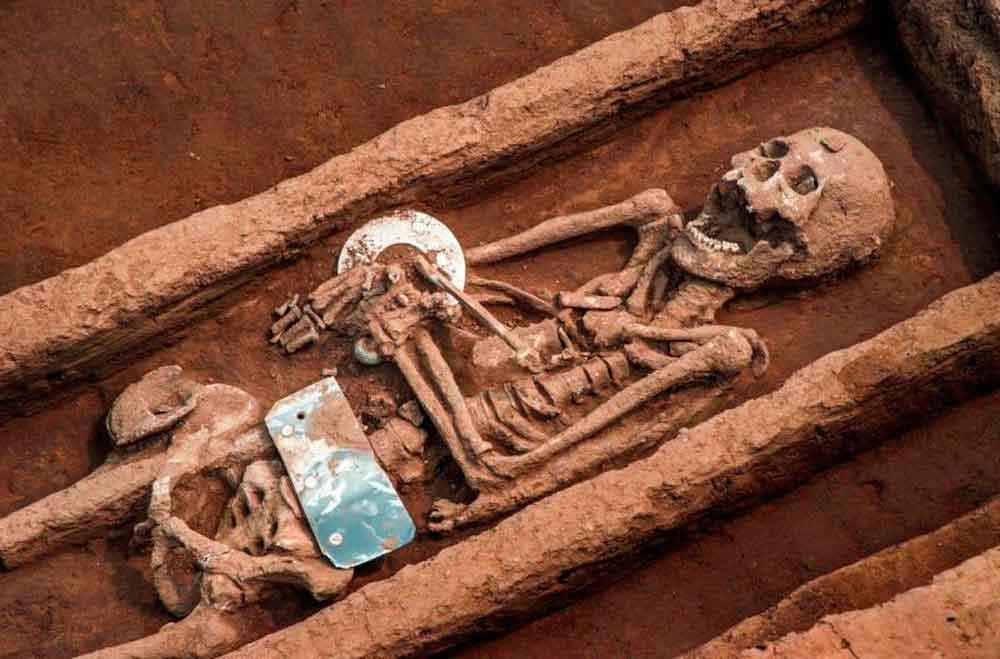 Arqueólogos encuentran restos de hombres 'gigantes' en China