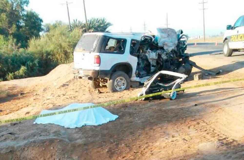 Muere un policía y dos personas durante fatal accidente en Mexicali